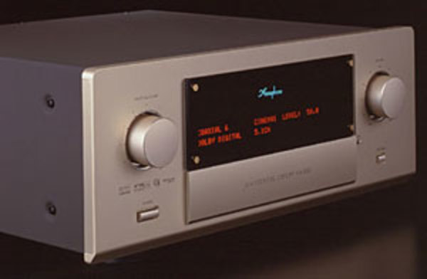 New ! Accuphase ホームシアター用A/V・コントロール・センターVX-700