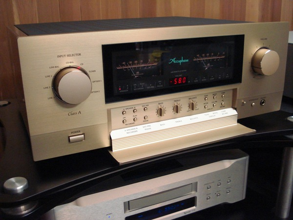 Accuphase アキュフェーズ 新製品 E-560 発売!