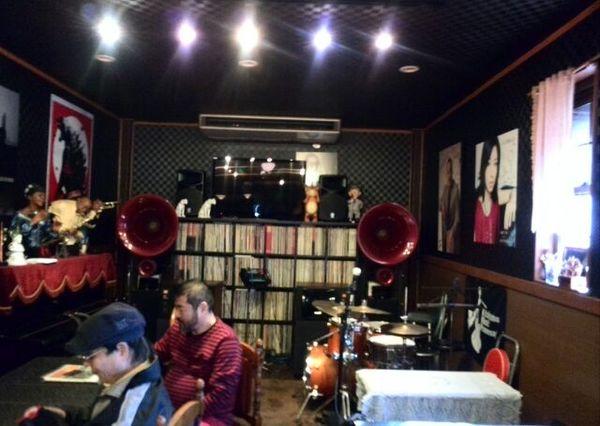 Jazz cafe エル・エヴアンスさんに納品させていただきました。