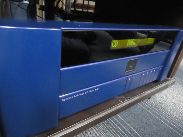 Meridian メリディアン808v6 CD Player