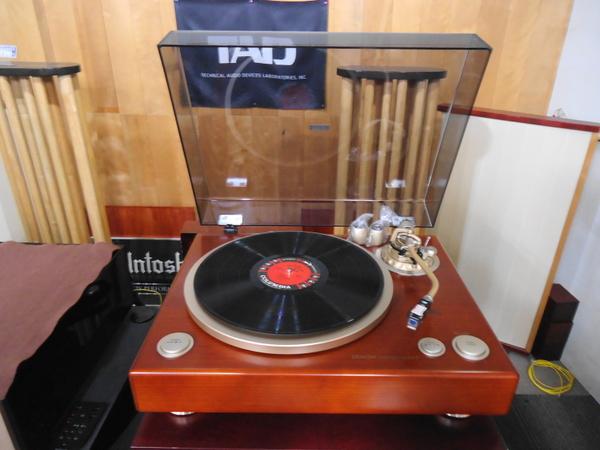 DENON レコード・プレーヤー DP-1300MKII 常設展示いたしました