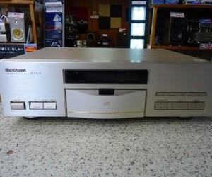 PIONEER CDプレーヤー PD-T05