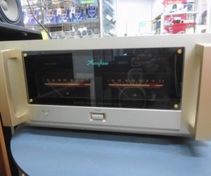 Accuphase パワーアンプ P-650