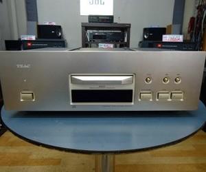 TEAC  CDプレーヤー  VRDS-50