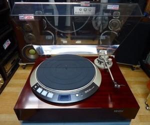 DENON     レコードプレーヤー  DP-60L