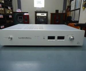 LUXMAN  パワーアンプ  M-200
