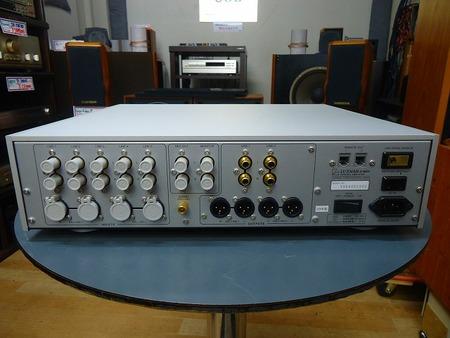 LUXMAN コントロールアンプ C-600f