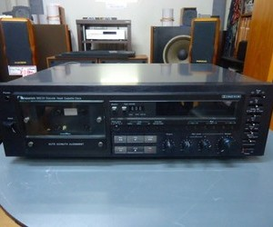 NAKAMICHI  カセットデッキ  682 ZX