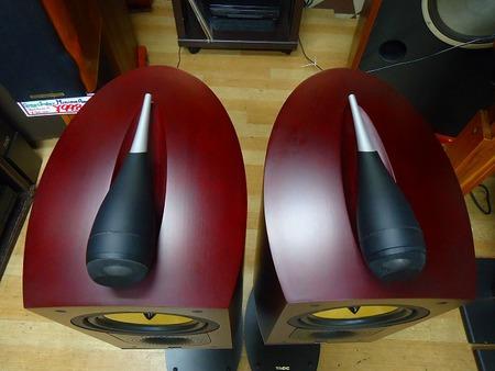 B&W     スピーカー  Nautilus 805(専用スタンド付き)