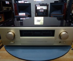 Accuphase   プリアンプ   C-2820